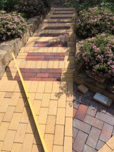 Отремонтированная лестница и площадка